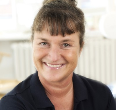 Helle Lykke Villadsen, Receptionist